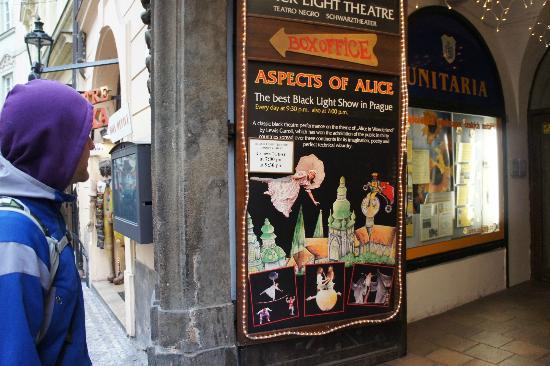 Ta Fantastika Black Light Theatre: Aspects of Alice