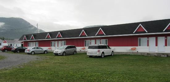 Motel Les Flots Bleus: General view