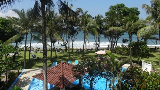Legong Keraton Beach Hotel: view from my room
