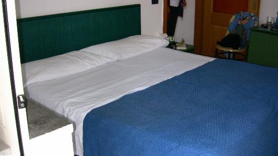 Hotel Eden: Chambre #61