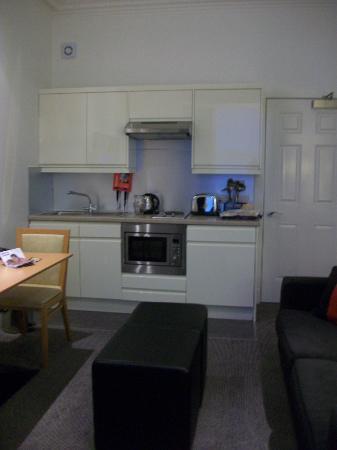 Skene House Rosemount: kitchen/living area