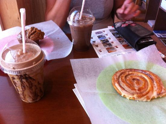 Cafe Del Sol: Fresh coffee and pastry