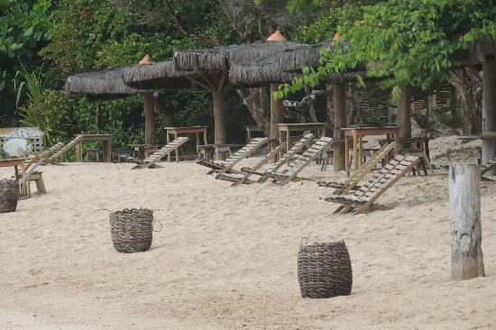 Quarta Praia Beach