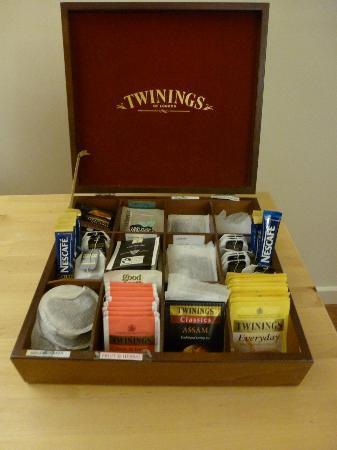 Bootham Gardens Guesthouse: Breakfast tea selection