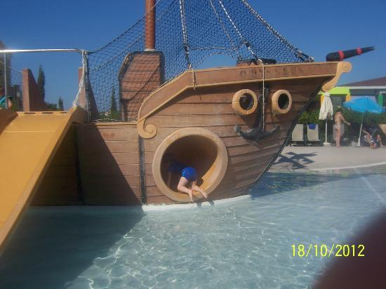 Aliathon Holiday Village: The Pirate Ship in the Splashpool