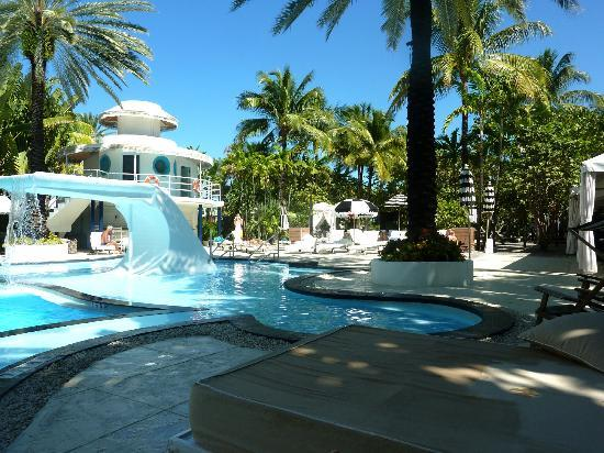 The Raleigh Miami Beach : The Pool