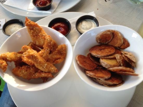 Burgers Bar : chicken fingers