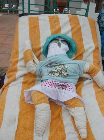 Sharm Holiday Resort Hotel: towel baby