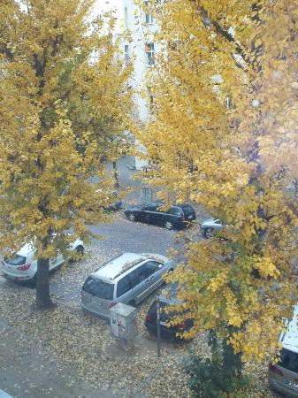 Old Town Apartments - Metzer Strasse: view from window, quiet street