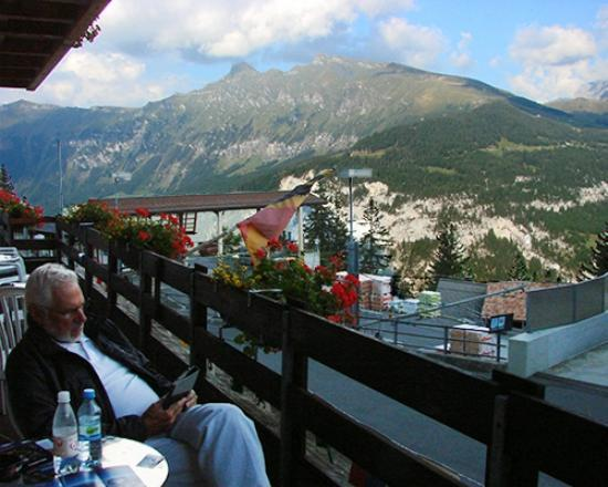 Eiger Guesthouse: On balcony