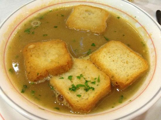 Restaurante O Roberto: Shellfish cream soup