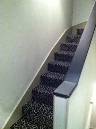 Hotel Georgette: staircase