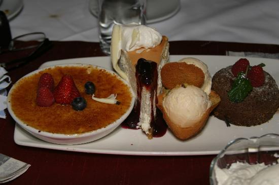 Fleming's Prime Steakhouse & Wine Bar : Amazing pumpkin creme brulee