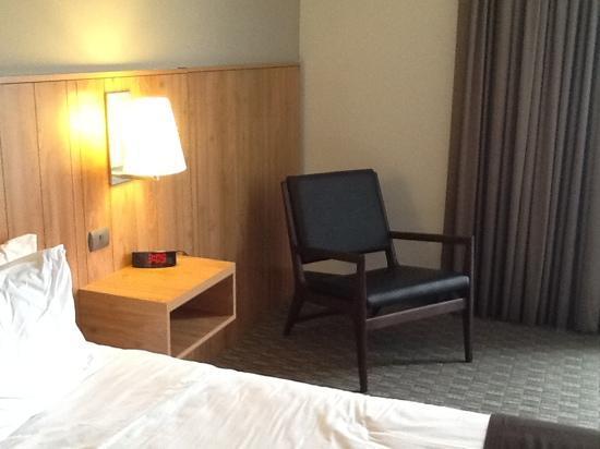 Hotel Atton San Isidro: Habitación por otro lado