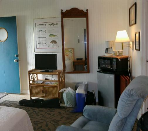 Seascape Motel and Marina: Efficiency room.