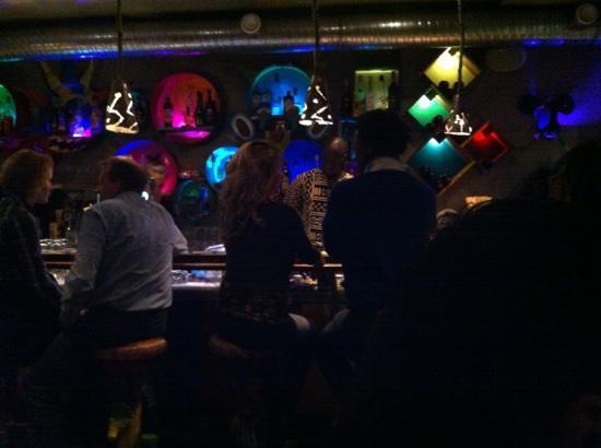Shaka Zulu Southern African Restaurant: Bar