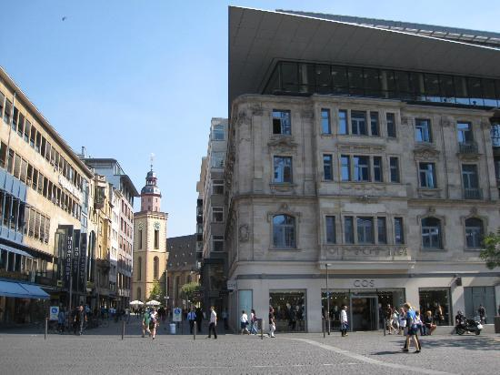 Frankfurt on Foot Walking Tours: This modern building was built atop the old architecture of the original building.