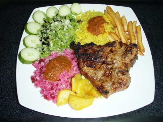 Taka Taka Mam: Various steak dishes