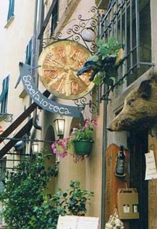 Enolaioteca Da Pina - La taverna della terra di Mezzo