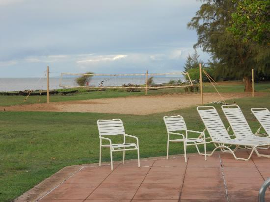 Waimea Plantation Cottages: Sand Volleyball Court