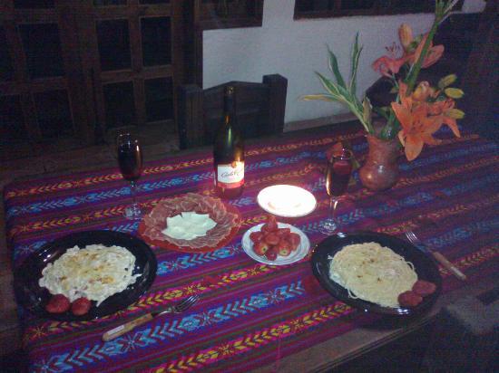 Cabañas Miardor del Valle: Rica cena especial