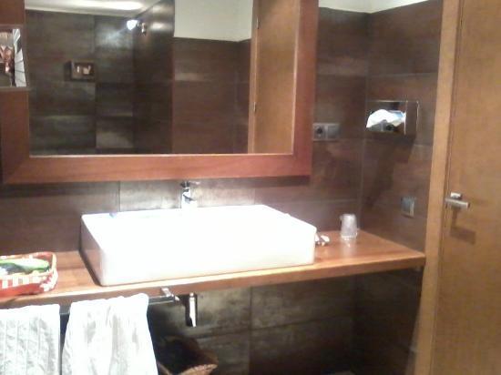Hotel Cotori: Lavabo