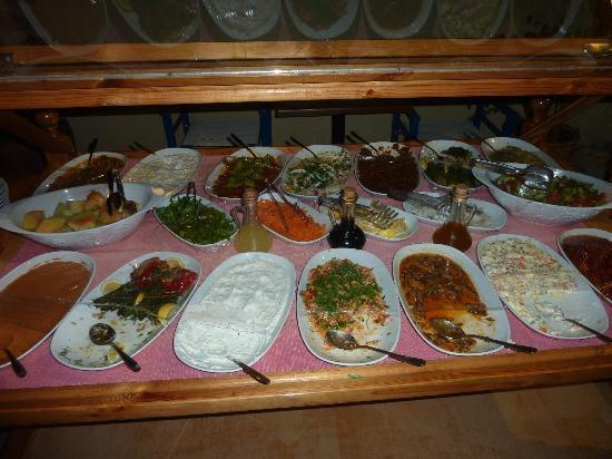 Blue Sea Garden: Buffet de mese à volonté