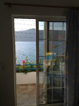 Faros Hotel: Room window