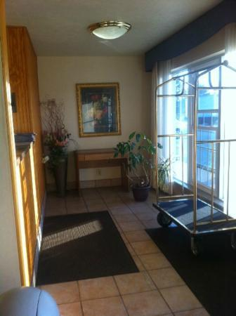 Americas Best Value Inn Ashtabula/Austinburg: Lobby