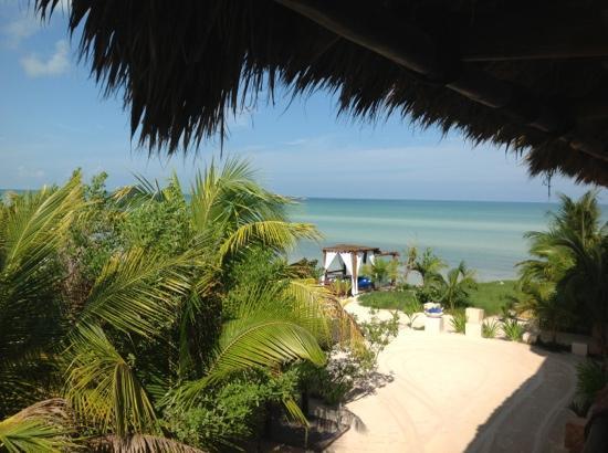 Las Nubes De Holbox: vistas de la playa privada del hotel