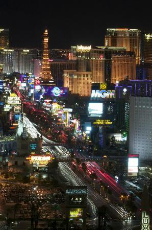 Four Seasons Hotel Las Vegas: View from our room on The Strip at night. (telelens)