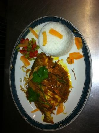 Bengal Delight: Rupchanda....fish prepared on request yum yum .!!!