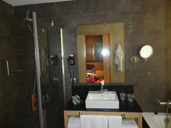 Protur Sa Coma Playa Hotel & Spa: Our Bathroom