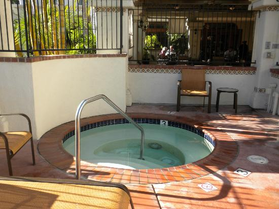 Courtyard San Diego Old Town: Jacuzzi