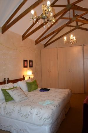 Acorn Guest House: bedroom