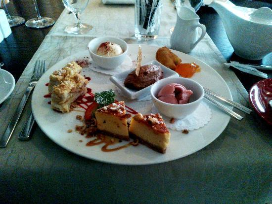 Savoy Boutique Hotel: Amazing Estonian desserts!
