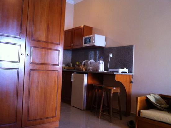 Massouri, Yunanistan: L'angolo cucina