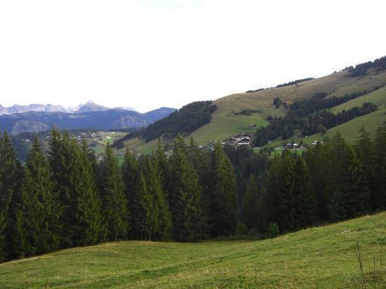 Les Bernards: Views