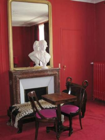 Hotel Windsor Home : Chambre Rouge