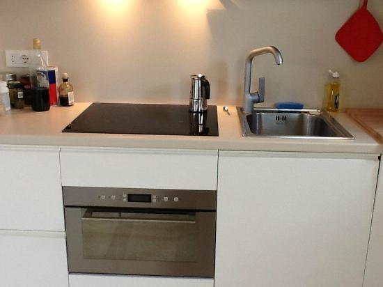 Residenza Storica Villa Avellino: Kitchen