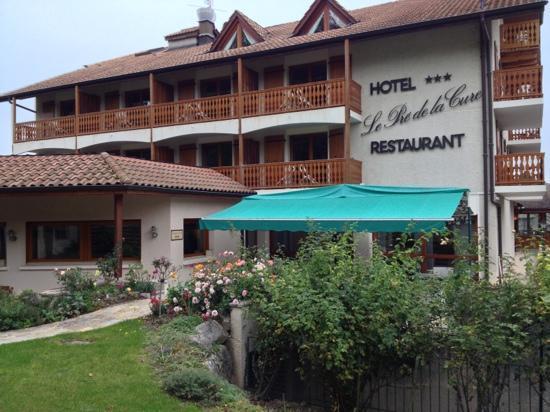 Le Pre de la Cure : super hôtel à recommander. excellent accueil et savoureux repas. Roger & Jacqueline Clerc. 26 et