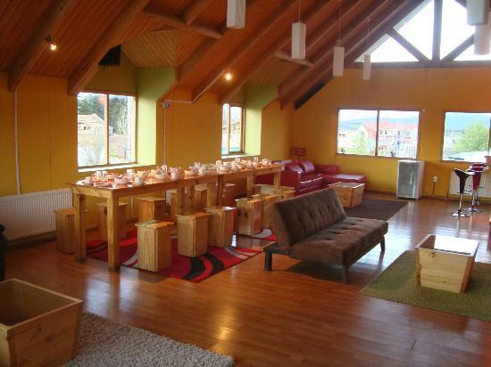 Hostal Lili-Patagonico: Mesa do café da manhã