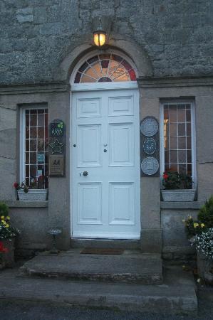 Inch House : Front door