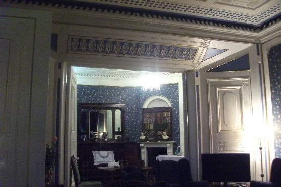 Inch House : Drawing Room & Bar