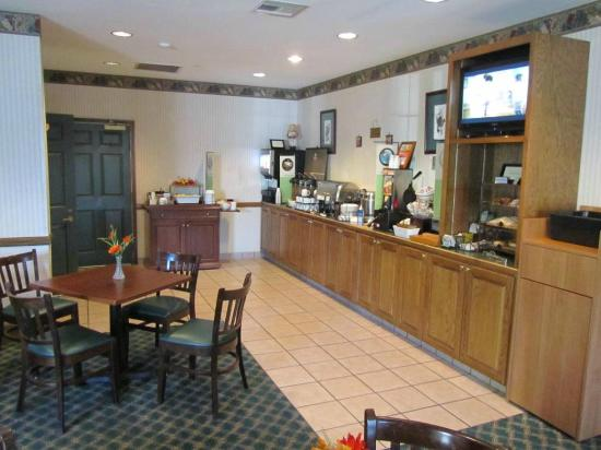 Best Western Sugar Sands Inn & Suites : Breakfast