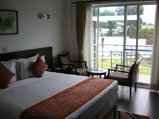 Waterfront Resort Hotel: Hotel room