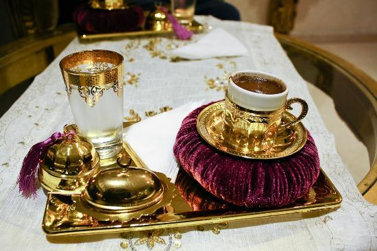 White House Hotel Istanbul: The complimentary Turkish coffee...