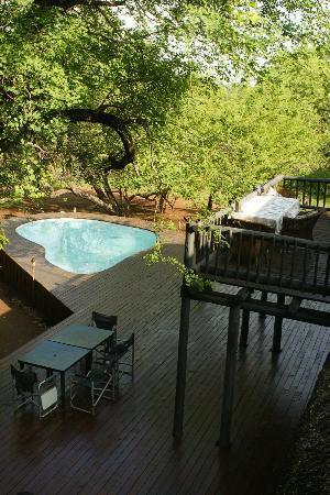 Mvuradona Safari Lodge: View from balcony