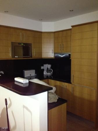 Pestana Dom Joao II: kitchen in superior villa 