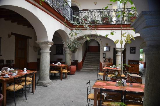 Hotel Parador San Agustin: Court Yard